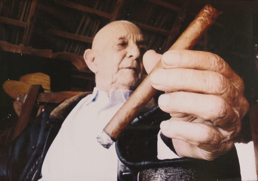 Robeina cigar