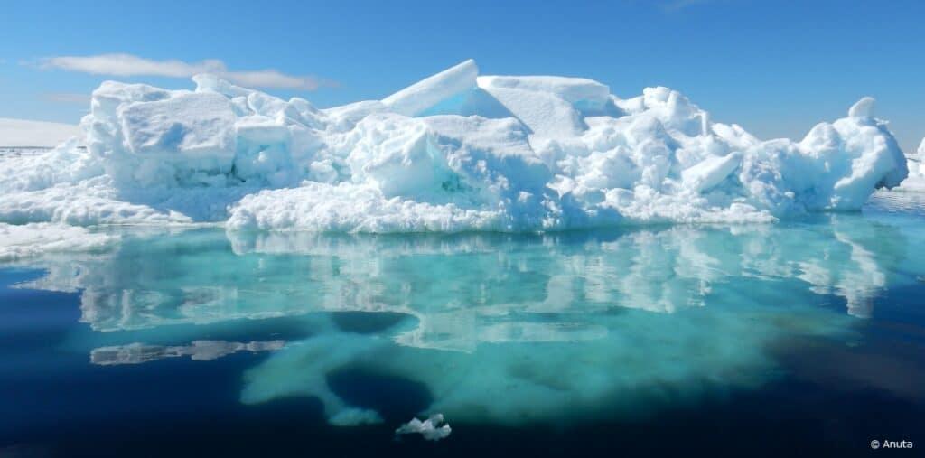 Iceberg reflection in water Antartctica