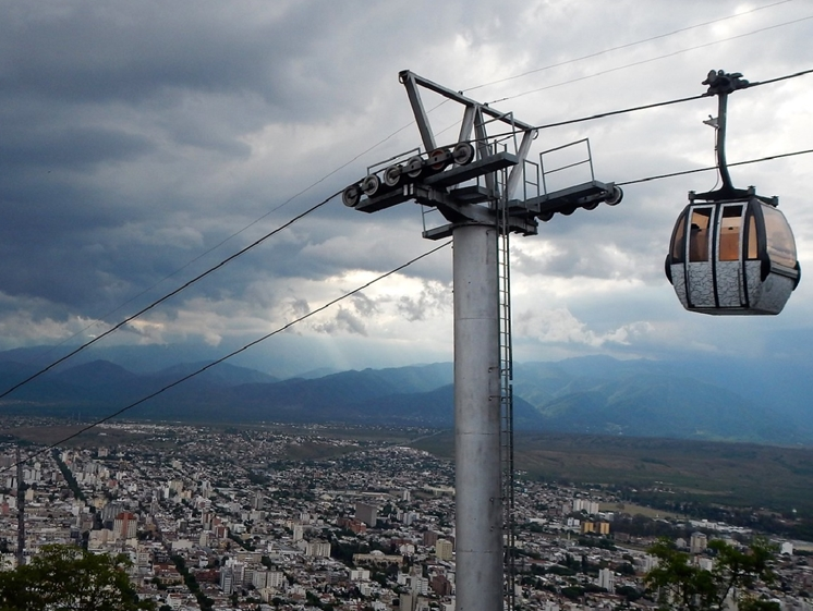 Teleferico de Salta gondola (photo credits Rodrigo Soldo via Flickr)