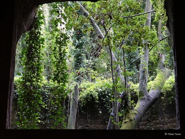Cimitero delle Fontanelle Napoli nature view