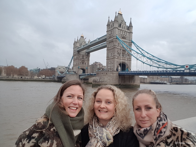 Cliche tourist photo with my travel buddies Anja and Mirjam in London