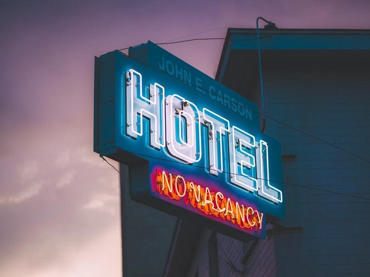 Hotel sign (photo credits Keem Ibarra)